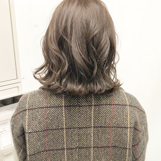 ボブ デート ヘアアレンジ 切りっぱなし ヘアスタイルや髪型の写真・画像