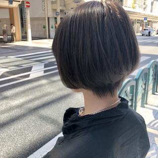 まとまるボブ ブリーチカラー ミニボブ ショート ヘアスタイルや髪型の写真・画像
