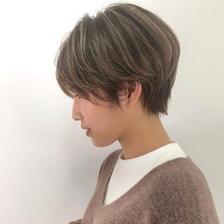 ショート職人 知花翔さんのヘアスナップ