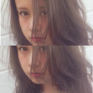 暗髪 ナチュラル 外国人風 アッシュ ヘアスタイルや髪型の写真・画像