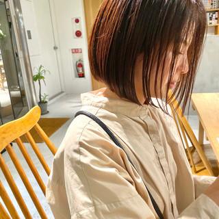 ボブヘアー ショコラブラウン レッドブラウン ナチュラルブラウンカラー ヘアスタイルや髪型の写真・画像