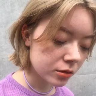 透明感カラー フェミニン ダブルカラー 切りっぱなしボブ ヘアスタイルや髪型の写真・画像