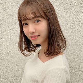 大人かわいい 小顔ヘア ワンカール ショコラブラウン ヘアスタイルや髪型の写真・画像