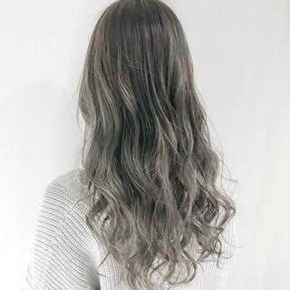 ハイライト ロング 外国人風カラー 愛され ヘアスタイルや髪型の写真・画像 ヘアスタイルや髪型の写真・画像