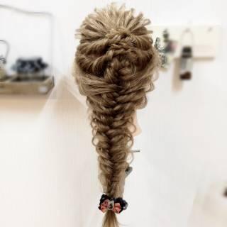 アップスタイル ヘアアレンジ 編み込み ロング ヘアスタイルや髪型の写真・画像 ヘアスタイルや髪型の写真・画像