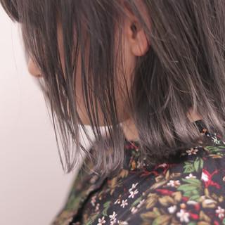 ボブ 外ハネボブ 切りっぱなしボブ ショートボブ ヘアスタイルや髪型の写真・画像