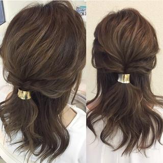 簡単ヘアアレンジ 大人女子 ミディアム ヘアアレンジ ヘアスタイルや髪型の写真・画像