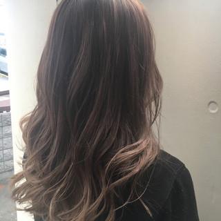 ハイライト ガーリー グラデーションカラー ウェーブ ヘアスタイルや髪型の写真・画像