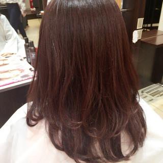 ベージュ セミロング ピンク トリートメント ヘアスタイルや髪型の写真・画像