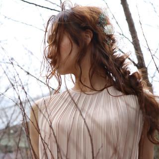 編み込みヘア ヘアアレンジ フェミニン 編みおろし ヘアスタイルや髪型の写真・画像