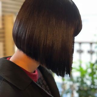 オフィス 黒髪 ボブ ナチュラル ヘアスタイルや髪型の写真・画像 ヘアスタイルや髪型の写真・画像