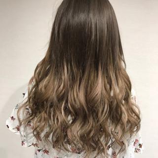 秋 ナチュラル ハイライト エクステ ヘアスタイルや髪型の写真・画像