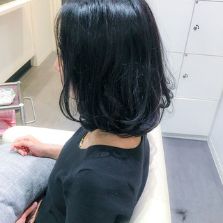 フリンジバング ナチュラル 黒髪 ボブ ヘアスタイルや髪型の写真・画像 ヘアスタイルや髪型の写真・画像