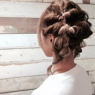 パーティ ショート ミディアム 簡単ヘアアレンジ ヘアスタイルや髪型の写真・画像