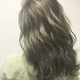 ハイライト ストリート 暗髪 外国人風 ヘアスタイルや髪型の写真・画像