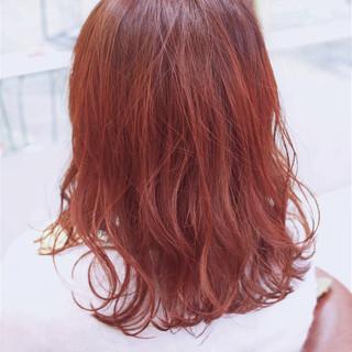 ダブルカラー オレンジベージュ オレンジ ストリート ヘアスタイルや髪型の写真・画像
