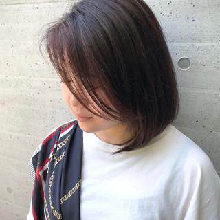 ミディアム コンサバ 切りっぱなしボブ ヘアスタイルや髪型の写真・画像