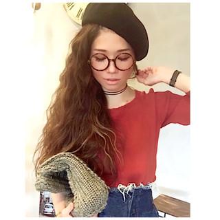 ファッション モード アンニュイほつれヘア 波ウェーブ ヘアスタイルや髪型の写真・画像