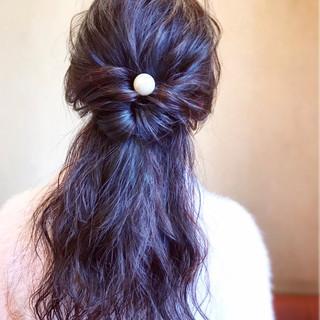 デート アンニュイほつれヘア ロング フェミニン ヘアスタイルや髪型の写真・画像