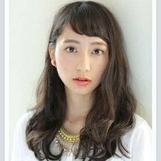 黒髪 セミロング 外国人風 大人かわいい ヘアスタイルや髪型の写真・画像