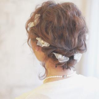 ボブ ヘアアレンジ ヘアピン パールアクセ ヘアスタイルや髪型の写真・画像