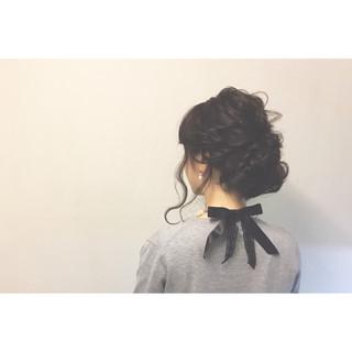 ショート 黒髪 ゆるふわ フェミニン ヘアスタイルや髪型の写真・画像