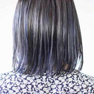 ネイビーアッシュ セミロング ネイビーカラー ナチュラル ヘアスタイルや髪型の写真・画像