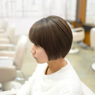 アッシュ 前下がりショート ショートボブ モード ヘアスタイルや髪型の写真・画像 ヘアスタイルや髪型の写真・画像