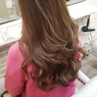 上品 ロング 巻き髪 外国人風カラー ヘアスタイルや髪型の写真・画像