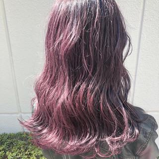 セミロング ダブルカラー ガーリー パープル ヘアスタイルや髪型の写真・画像