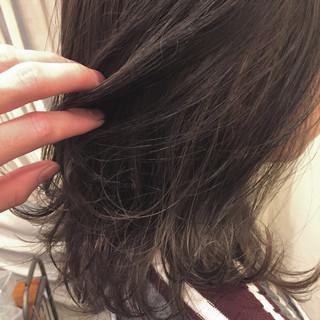 暗髪 ナチュラル ハイライト 外国人風 ヘアスタイルや髪型の写真・画像