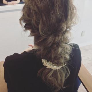 グラデーションカラー ゆるふわ ロング ハーフアップ ヘアスタイルや髪型の写真・画像