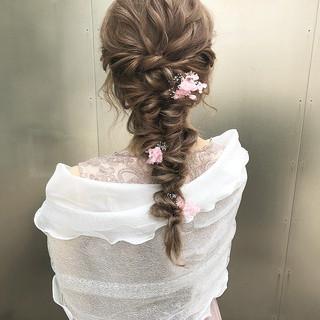 ロング 大人可愛い エレガント ヘアアレンジ ヘアスタイルや髪型の写真・画像