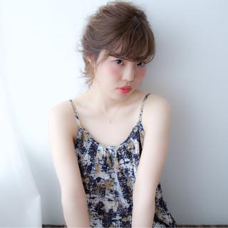 ヘアアレンジ セミロング ショート ゆるふわ ヘアスタイルや髪型の写真・画像 ヘアスタイルや髪型の写真・画像