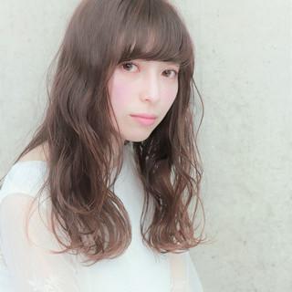 簡単ヘアアレンジ デート アンニュイほつれヘア フェミニン ヘアスタイルや髪型の写真・画像