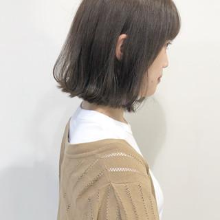 ミニボブ ショートボブ ナチュラル 切りっぱなしボブ ヘアスタイルや髪型の写真・画像