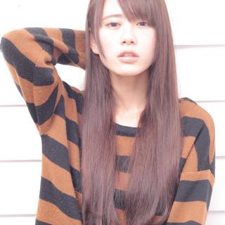 ゆるふわ 前髪あり ナチュラル パーマ ヘアスタイルや髪型の写真・画像