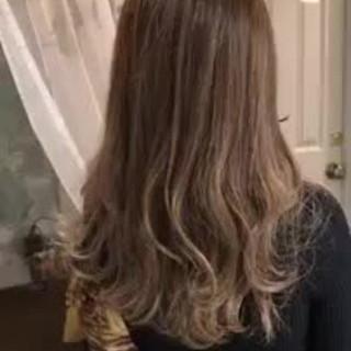 外国人風カラー グラデーションカラー エレガント デート ヘアスタイルや髪型の写真・画像