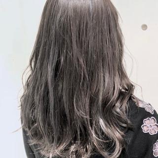 セミロング グラデーションカラー ガーリー ハイライト ヘアスタイルや髪型の写真・画像