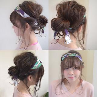 ショート フェミニン バンダナ 簡単ヘアアレンジ ヘアスタイルや髪型の写真・画像