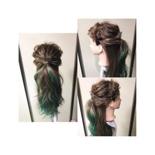 編み込み ロング フェミニン ヘアアレンジ ヘアスタイルや髪型の写真・画像