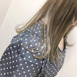 インナーカラー ハイライト 外国人風 セミロング ヘアスタイルや髪型の写真・画像