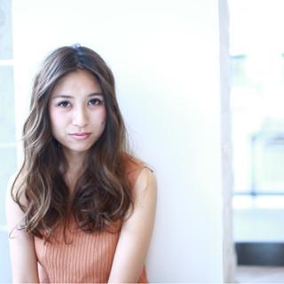 パーマ 外国人風 秋 ストリート ヘアスタイルや髪型の写真・画像