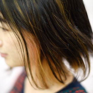 インナーカラー 外国人風 切りっぱなしボブ 外ハネ ヘアスタイルや髪型の写真・画像