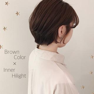 ショート ショートヘア インナーカラー 大人可愛い ヘアスタイルや髪型の写真・画像 | 市川千夏*札幌 / salon AKIRA