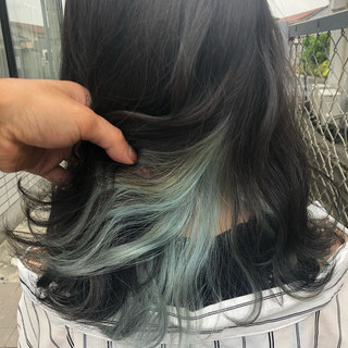 ターコイズ ショートボブ インナーカラー ミディアム ヘアスタイルや髪型の写真・画像