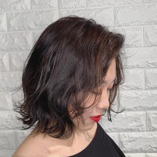 ボブ アンニュイほつれヘア 韓国ヘア 切りっぱなしボブ ヘアスタイルや髪型の写真・画像