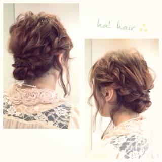 フェミニン ヘアアレンジ 編み込み ナチュラル ヘアスタイルや髪型の写真・画像