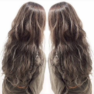 外国人風カラー ロング アッシュ フェミニン ヘアスタイルや髪型の写真・画像