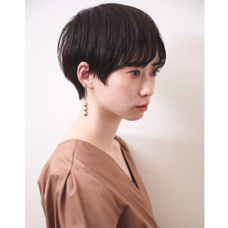 モード ショートボブ オフィス デート ヘアスタイルや髪型の写真・画像